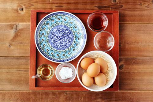 だし巻き卵の材料/ポーリッシュポタリー